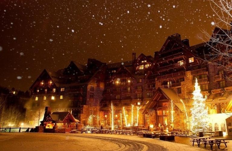 Ritz-Carlton Bachelor Gulch Warm White LED Christmas Lights